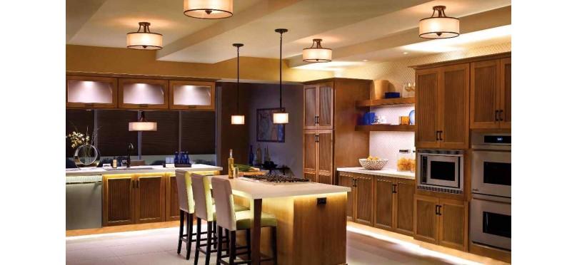 Преобразите комнату несколькими вариантами освещения
